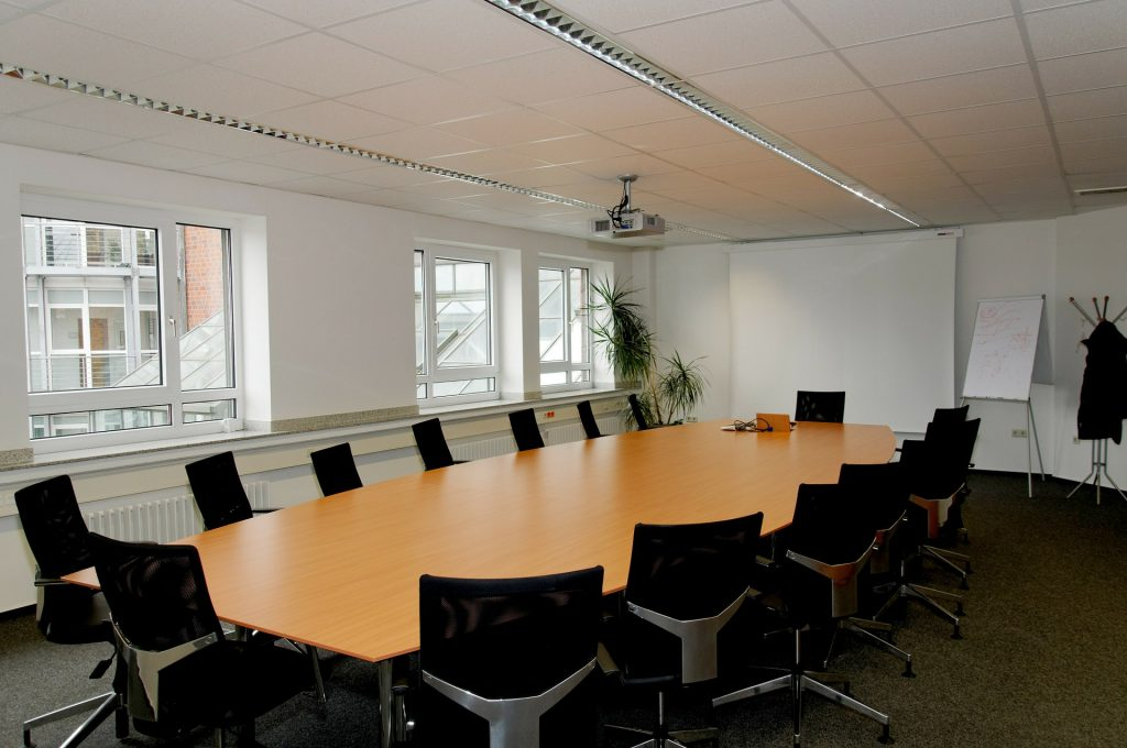 conference-room-338563_1920
